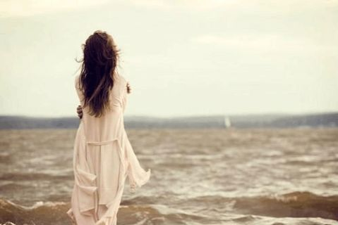 五月爱情经典语句不离不弃只需情感相濡以沫不靠誓言